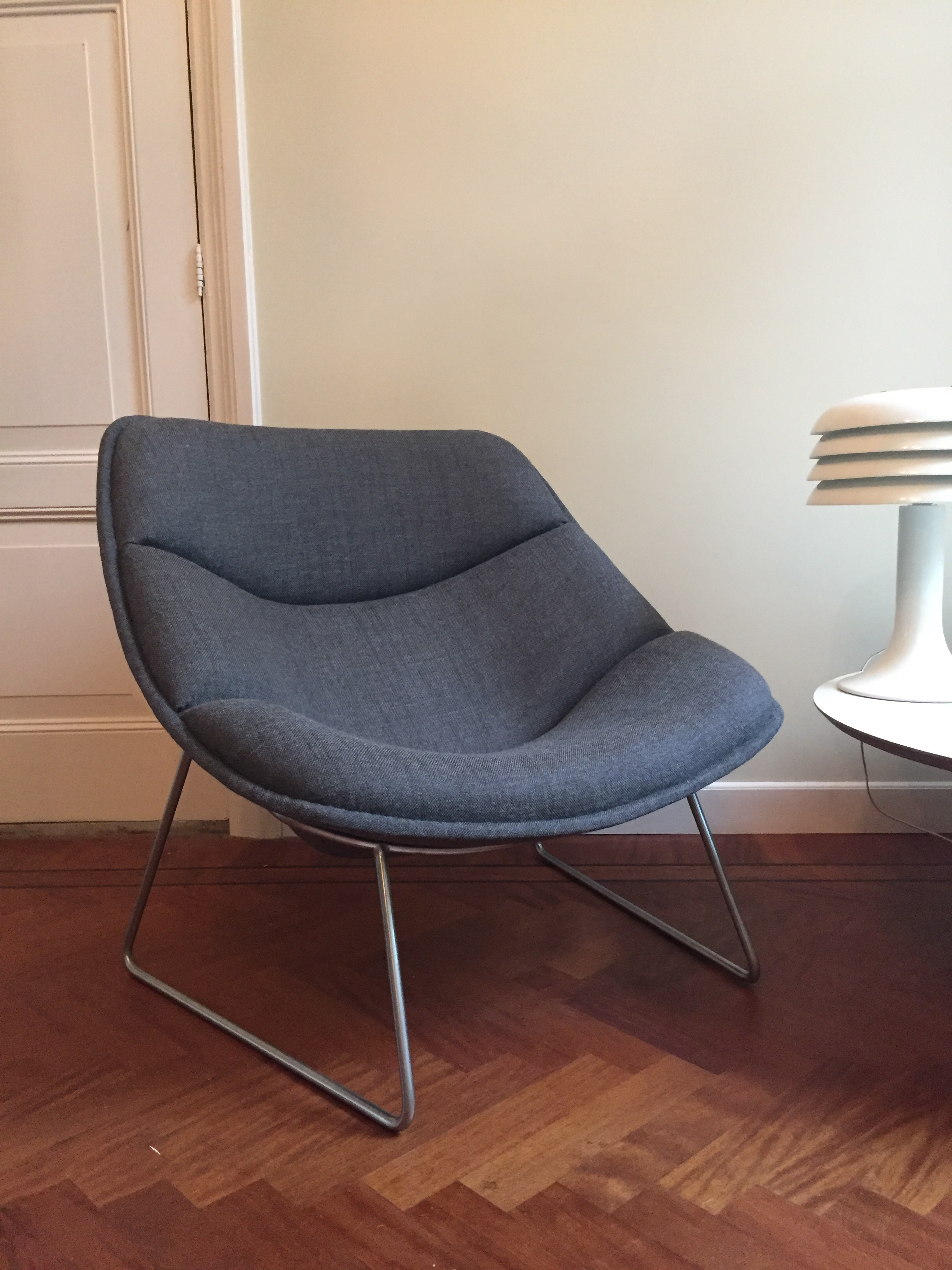 Artifort F558 Chair, designed by Pierre Paulin