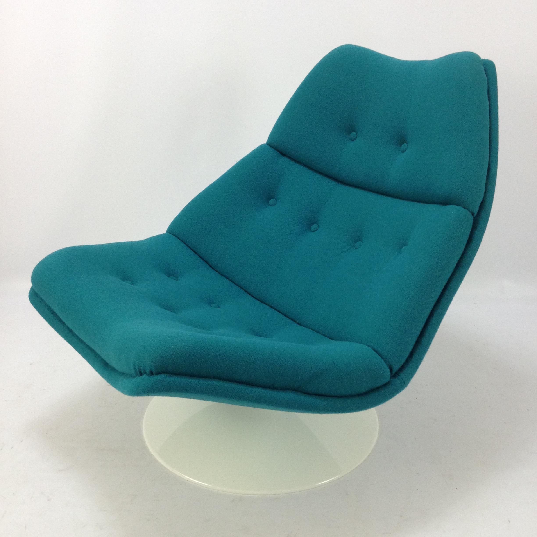 Artifort F511 Lounge Chair by Geoffrey Harcourt