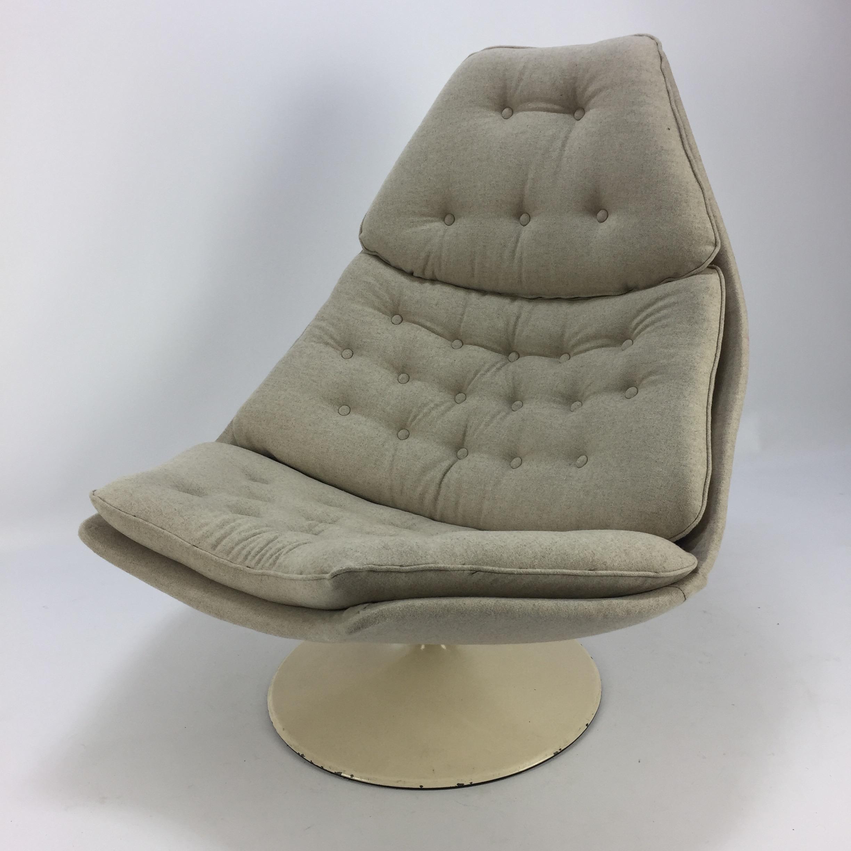 Artifort F588 Lounge Chair by Geoffrey Harcourt